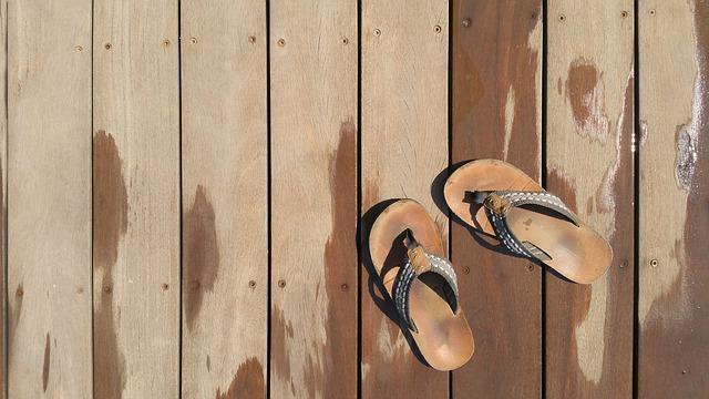 pantofle na molu